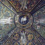 1280px-Agnus_Dei_in_cupola