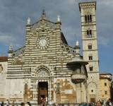 1280px-Prato,_duomo_facciata