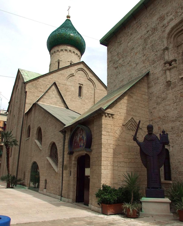 Церковь святителя Николая Чудотворца в Бари