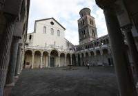Дворик собора в Салерно