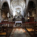 Интерьер церкви в Брагоре
